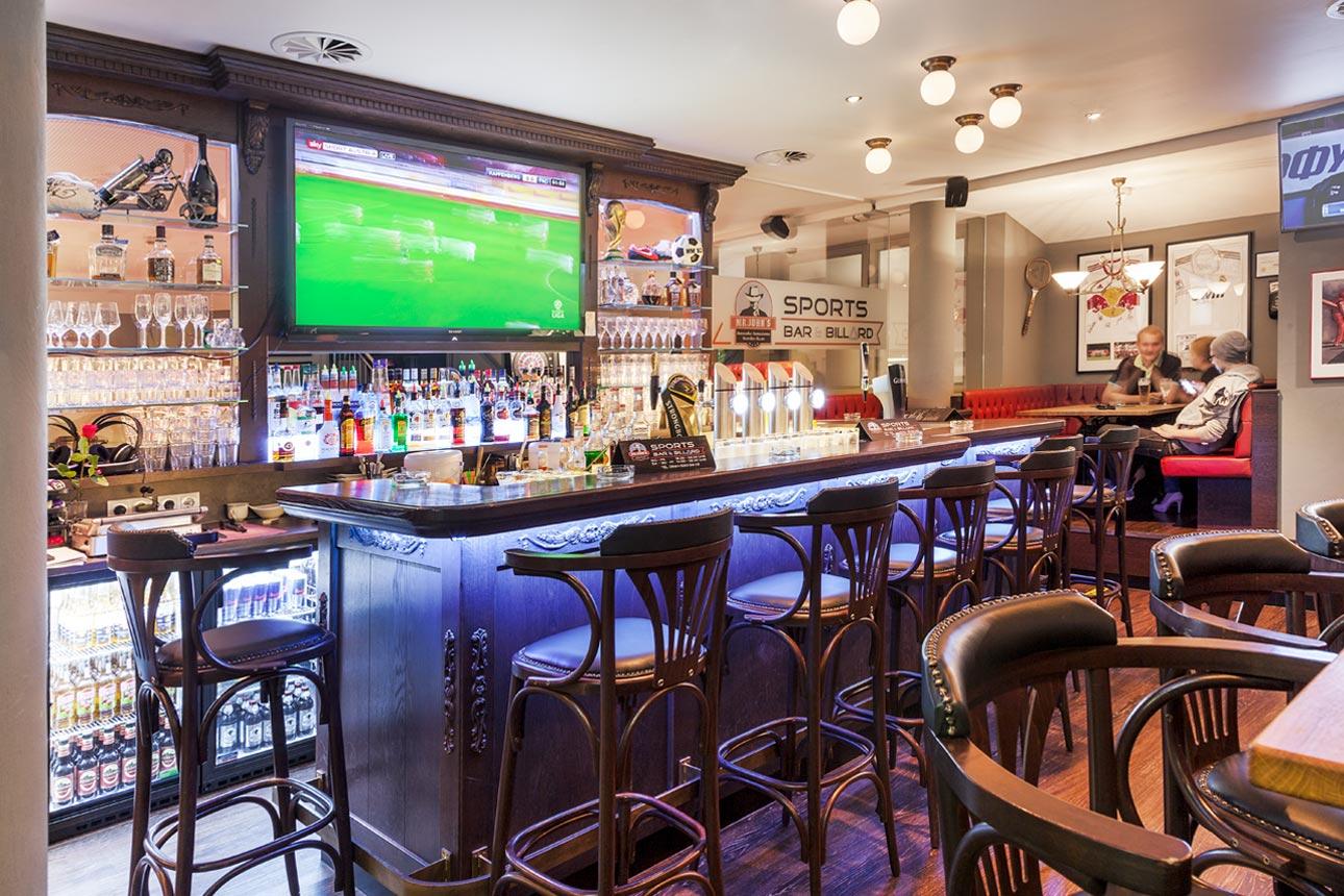 Mr. John's - Sports Bar und Billard